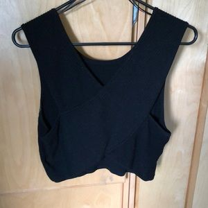 Knitted crop top with crossed back